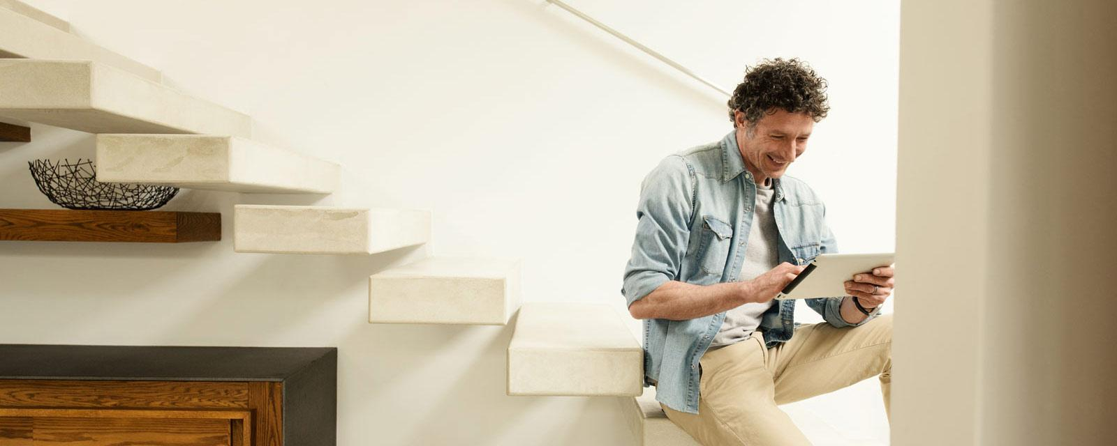 man-sitting-on-stairs-image